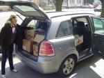 18.04.2011 - Kartony zapełniły najwiekszy samochód, jaki mogłyśmy sprowadzić