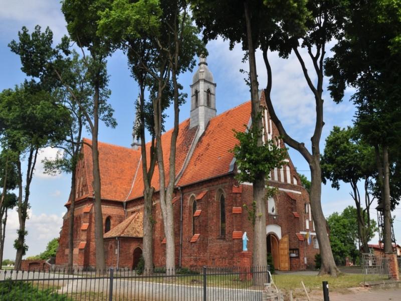 Kościół parafialny w Rajsku. Fot. D. Buncler