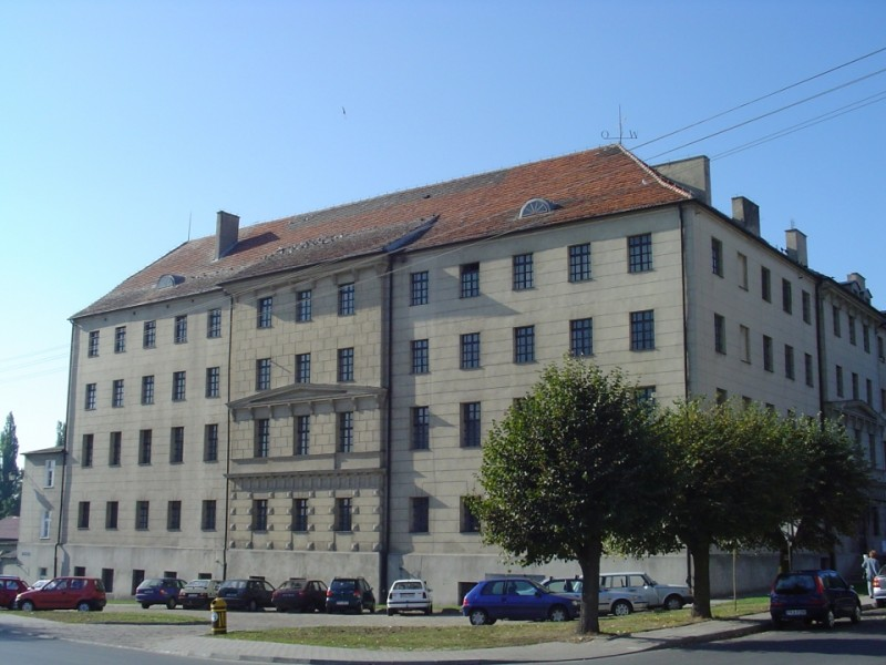 Dawna fabryka sukna w Opatówku, dziś Muzeum Historii Przemysłu. Fot. J.Miluśka-Stasiak