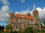 Kościół parafialny p. w. Najświętszego Serca Pana Jezusa w Opatówku. Fot. J. Miluśka