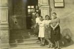 Pracownice Urzędu Gminnego w czasie okupacji. Od góry nieznana, Zofia Aleksandrzak, Maria Pfeifruck, Irena Lingowska, Hilde Reichert, Kaleta