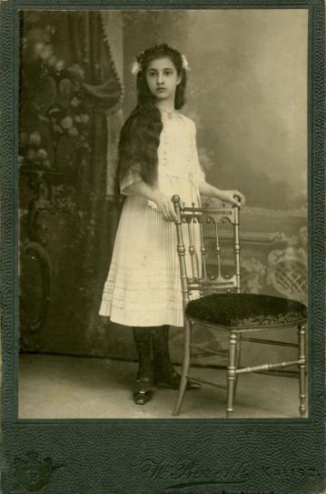 Tonia Korejwówna, Kalisz ok. 1913 r.