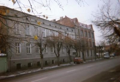 Budynek dawnej Fabryki Lalek i Zabawek Drewnianych Braci Pinczewskich